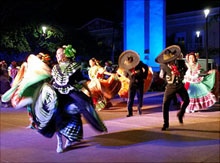 Mexican dancers in the Cozumel Plaza